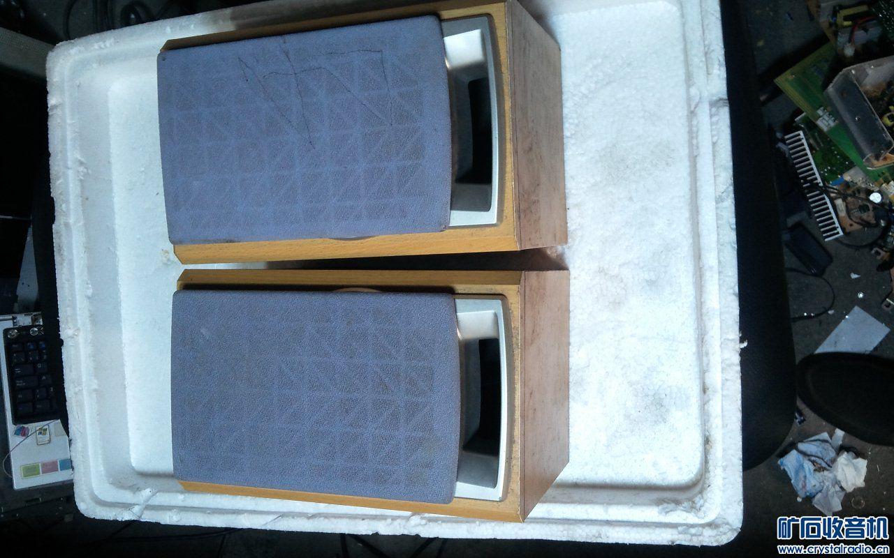三洋组合音箱两只,有一只音量加大造成破音,当箱子出60元.jpg