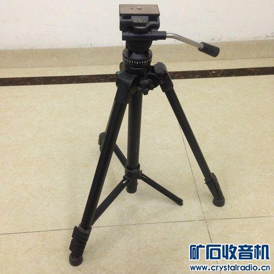 2.云腾VCT-870RM摄影专业三脚架 铝合金材质 做工非常好  云台阻尼正常 缺点是 张力稳定杆断了一处 见第5图  ...