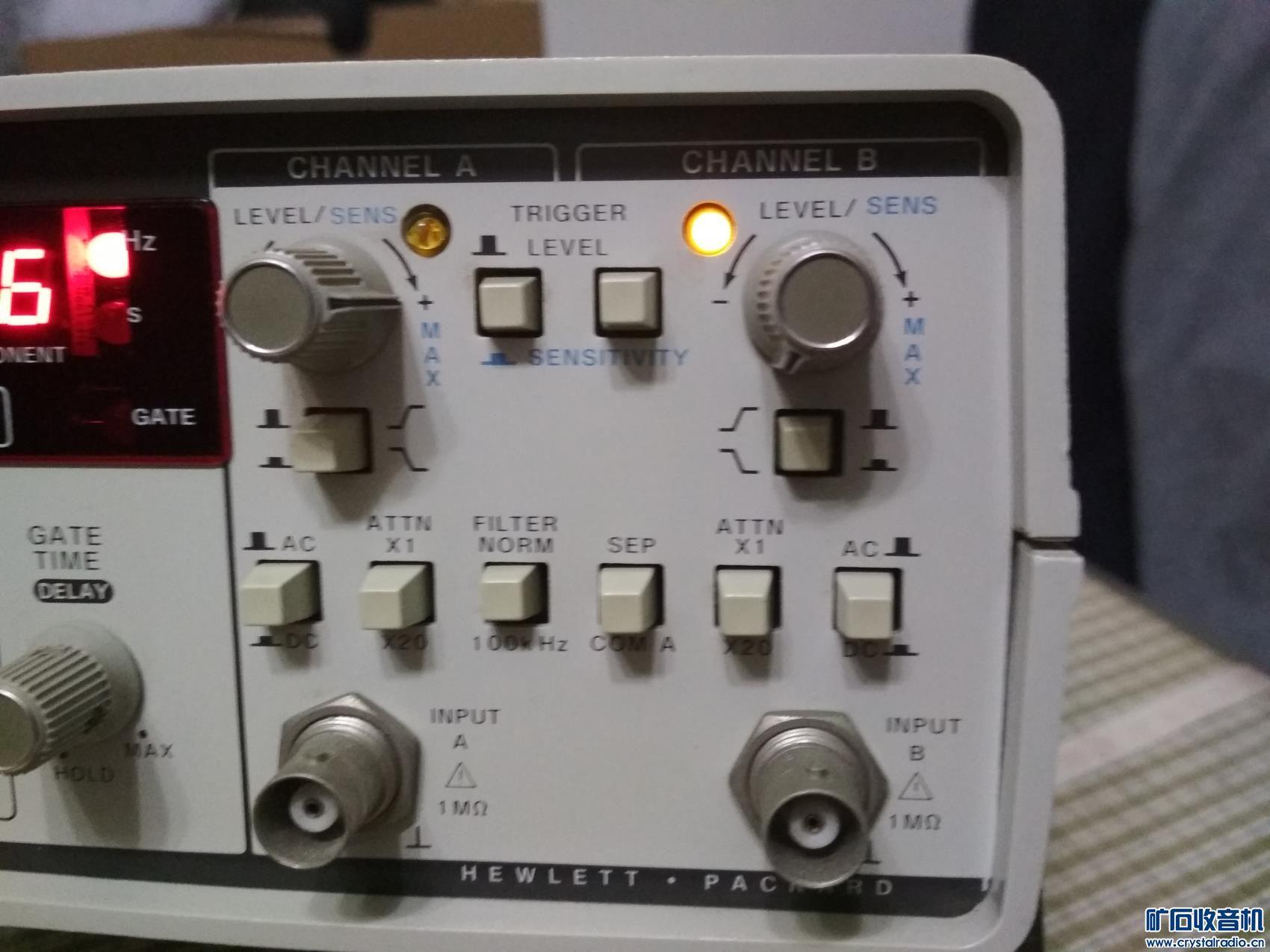 3419号原装美国频率计很新无附件全部功能完好(精度不保320元) (8).jpg