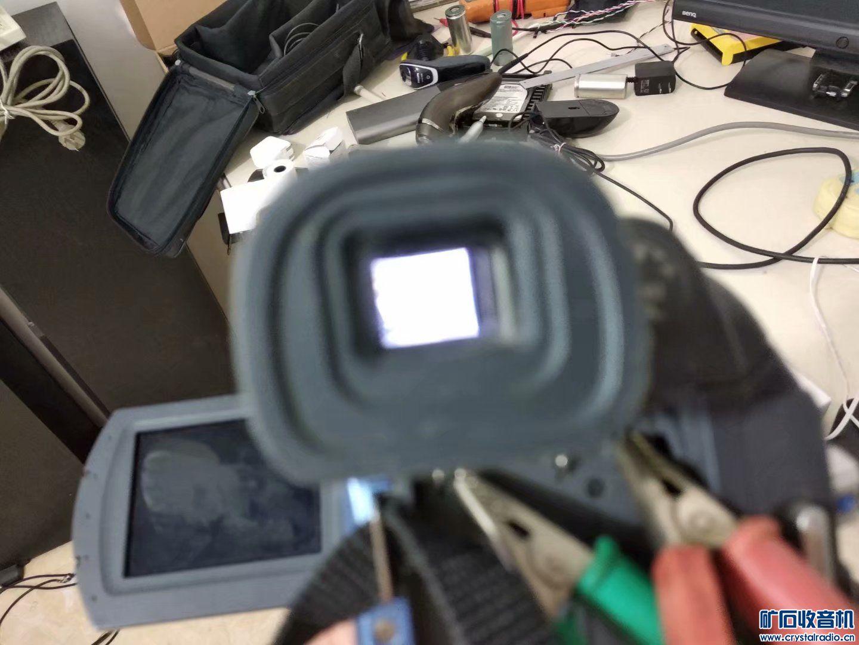 5号摄像机,液晶屏不亮,不知道是不是坏了,40包邮不退换 (4).jpg