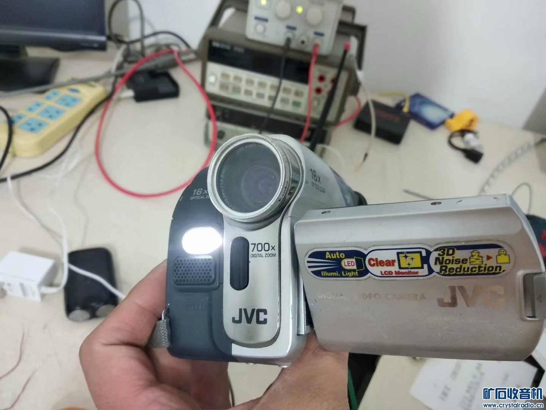 5号摄像机,液晶屏不亮,不知道是不是坏了,40包邮不退换 (5).jpg